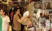 Natal faz movimento ficar intenso e anima lojistas na 25 de Março, em SP