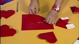 Letícia e Emílio ensinam a fazer um coração de papel