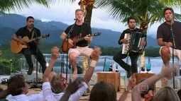 Victor e Léo dedicam canção 'Guerreiros' para Parreira