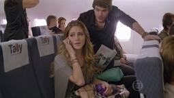 Sidney embarca no mesmo voo de Sofia