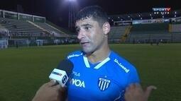 William comemora empate contra o Grêmio