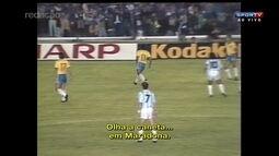 Romário 50 anos: Relembre caneta de Romário em Maradona