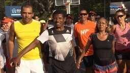 Bicampeão olímpico Haile Gabrselaissie corre na Lagoa Rodrigo de Freitas
