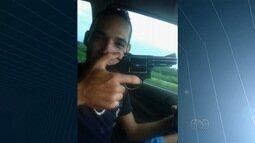 Fugitivos de cadeia gravam vídeo ostentando cervejas e armas, em Goiás