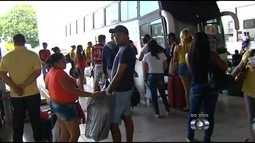 Rodoviária fica moviementada na véspera do feriado de carnaval, em Goiânia