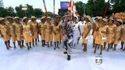 Marquês de Sapucaí passa pelos últimos preparativos para o desfile das escolas de samba