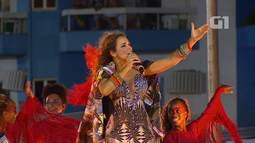 Daniela Mercury anima a 'pipoca' ao som de 'O que é o que é'