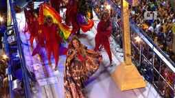 Daniela Mercury canta sucesso 'Música de rua' no circuito Barra-Ondina