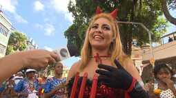 Pessoas se fantasiam para curtir o carnaval de Salvador