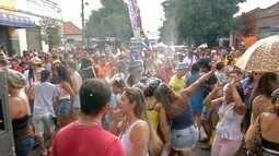 Bloco de Carnaval em Campo Grande traz chuva repentina e marchinhas