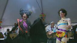 """Charanga dos Artistas faz concurso e elege """"a baranga do Carnaval"""" em Poços de Caldas (MG)"""