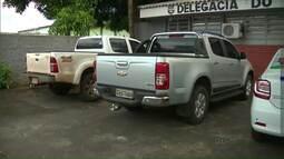 Polícia recupera duas caminhonetes roubadas