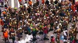 """Bloco """"Vamos nessa Kids"""" abre os desfiles do último dia de Carnaval no Campo Grande"""
