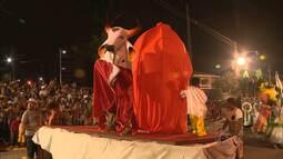 Escolas de Samba de Campina Grande desfilaram nesta terça-feira