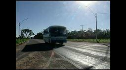 No retorno para casa, o fluxo do transito é intenso em Linhares, litoral Norte do ES