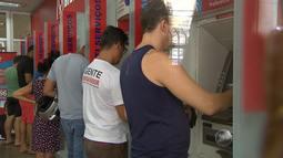 Serviços começam a ser retomados em Salvador após fim do carnaval