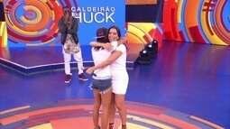 Fã de Anitta finalmente conhece a ídola