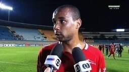 """Douglas Assis diz que Vila se distancia da classificação: """"Precisávamos da vitória"""""""