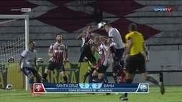 Santa Cruz e Bahia empatam em 2 a 2 pela Copa do Nordeste