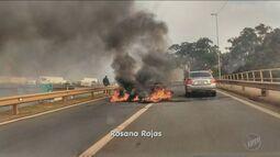 Protesto contra o impeachment interdita rodovia e provoca congestionamento de 7 Km