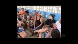 Hospital Geral de Linhares está superlotado e paciente reclamam de demora no atendimento