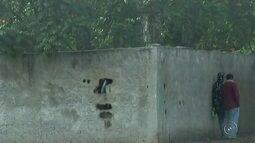 Polícia Militar acompanha escola vandalizada em Igaraçu do Tietê