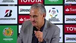 Tite analisa a eliminação do Corinthians após de empate com o nacional em casa