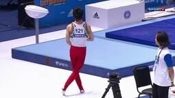 Kaito Imabayashi faz dancinha e anima público na Copa do Mundo de ginástica artística