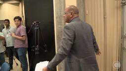 Secretário se irrita e deixa reunião sem finalizar negociações com grevistas da Uespi