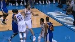 NBA: Curry não consegue fazer diferença, Thunder bate Warriors e se aproxima das finais