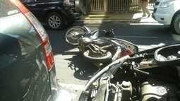 Idosa entra na contramão em rua de Rio Preto e provoca acidente