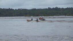 Marinha inicia buscas por criança que caiu de canoa no Rio Negro
