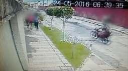 Em 23 segundos, dois homens roubam sete mulheres em Olinda