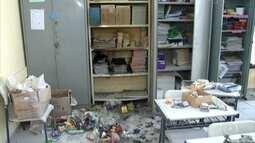 Vândalos invadem escola infantil e ateiam fogo em livros infantis em Itupeva