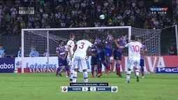 Vasco vence o Bahia por 4 a 3, em São Januário