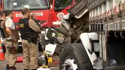 Acidente deixa cinco mortos e quatro feridos na BR-324