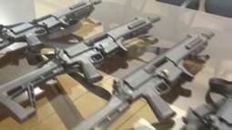 Comunidade se une e compra armas para a Polícia Militar