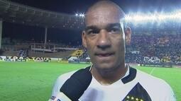 """Rodrigo diz que time perdeu por causa das falhas da equipe: """"A nossa bola não quis entrar"""""""