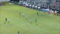 Paulo Roberto desperdiça a chance de matar o jogo para o Gama