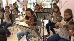 Orquestra formada por jovens carentes de Contagem vai fazer turnê pelo Japão