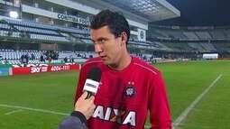 Pablo diz que Atlético-PR não conseguiu impor o próprio jogo na derrota para o Coritiba