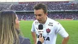 """Eduardo Bueno chama Dagoberto de """"bunda mole"""""""