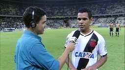 """Éderson diz que empate foi bom para o Vasco: """"Conseguimos manter os quatro pontos de vantagem na liderança"""""""