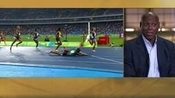 """Carl Lewis defende o """"peixinho"""" no fim das provas de atletismo"""