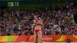 3º set: Walsh bloqueia mais uma e Estados Unidos levam o bronze. 9/15