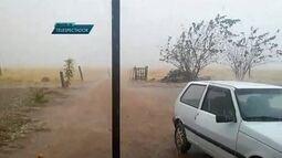 Chuva de granizo atinge o DF