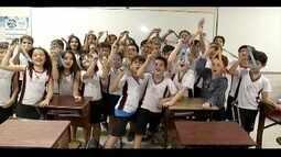 Estudantes de Valadares comemoram medalhas conquistadas em olimpíadas do conhecimento