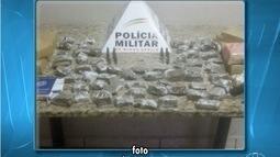 Polícia Militar apreende barras de maconha e crack em bairro de Montes Claros