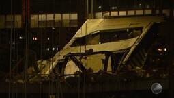 Parte da fachada do Centro de Convenções da Bahia desaba