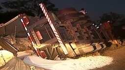 Duas pessoas morrem na LMG-798 em Uberaba